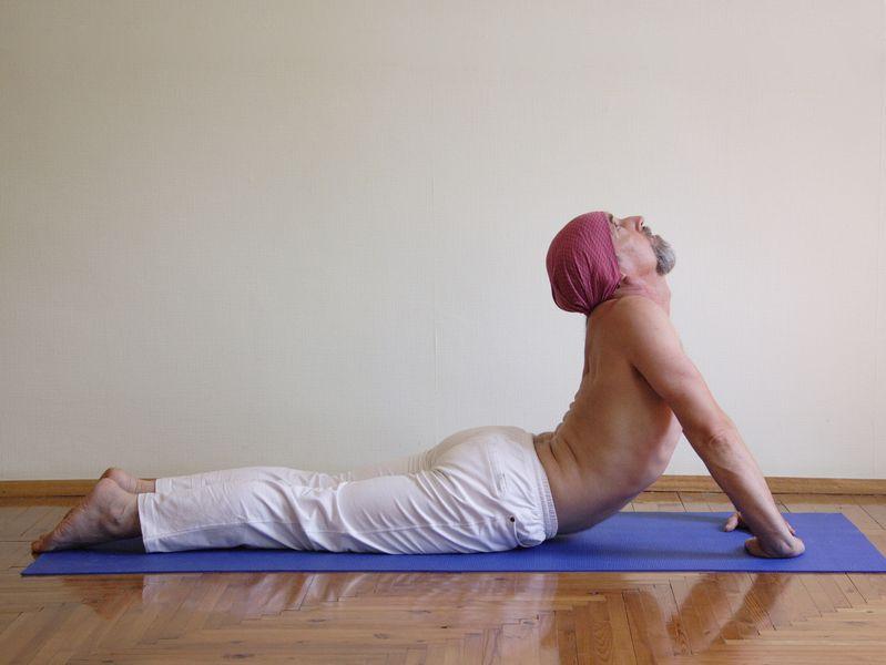 Упражнения йоги для повышения потенции